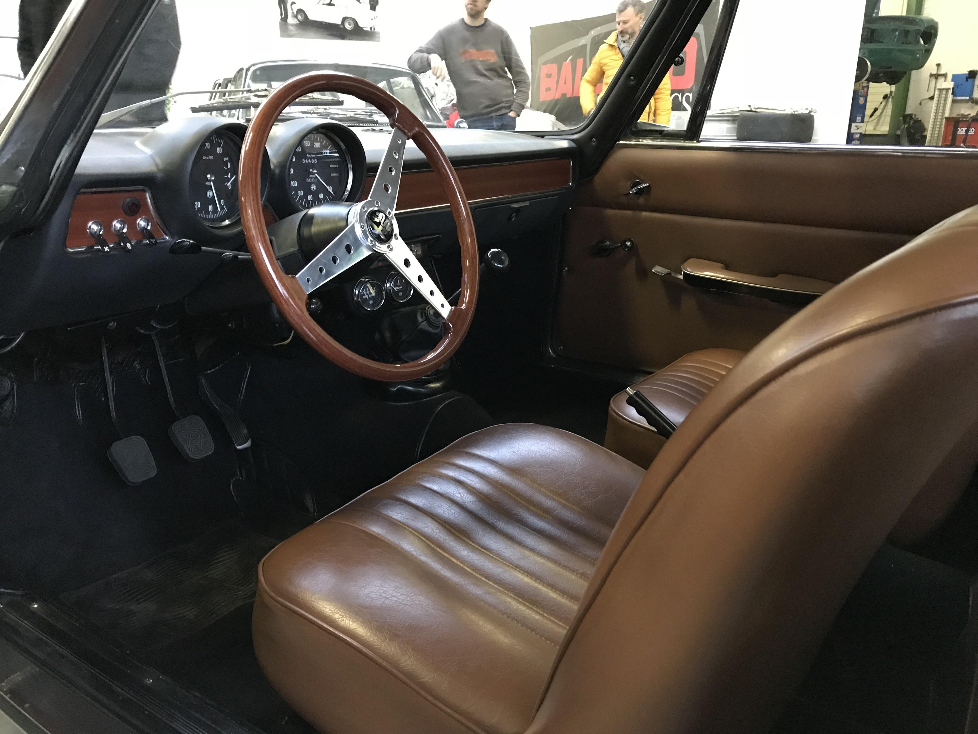 bertone GT 1300 Junior - 1973 - Vert Olive 9sP358