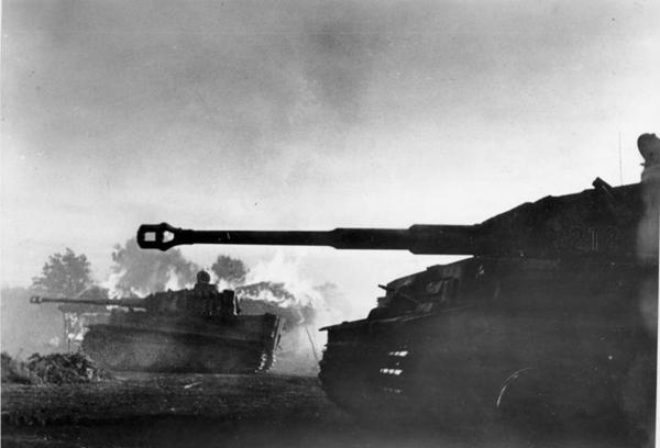 [Panzerwaffe] Une semaine à Koursk LvbqTF
