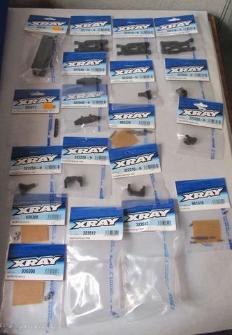 Lot de pièces xray xb2 . Neuf ( VENDU ) NPD9T1