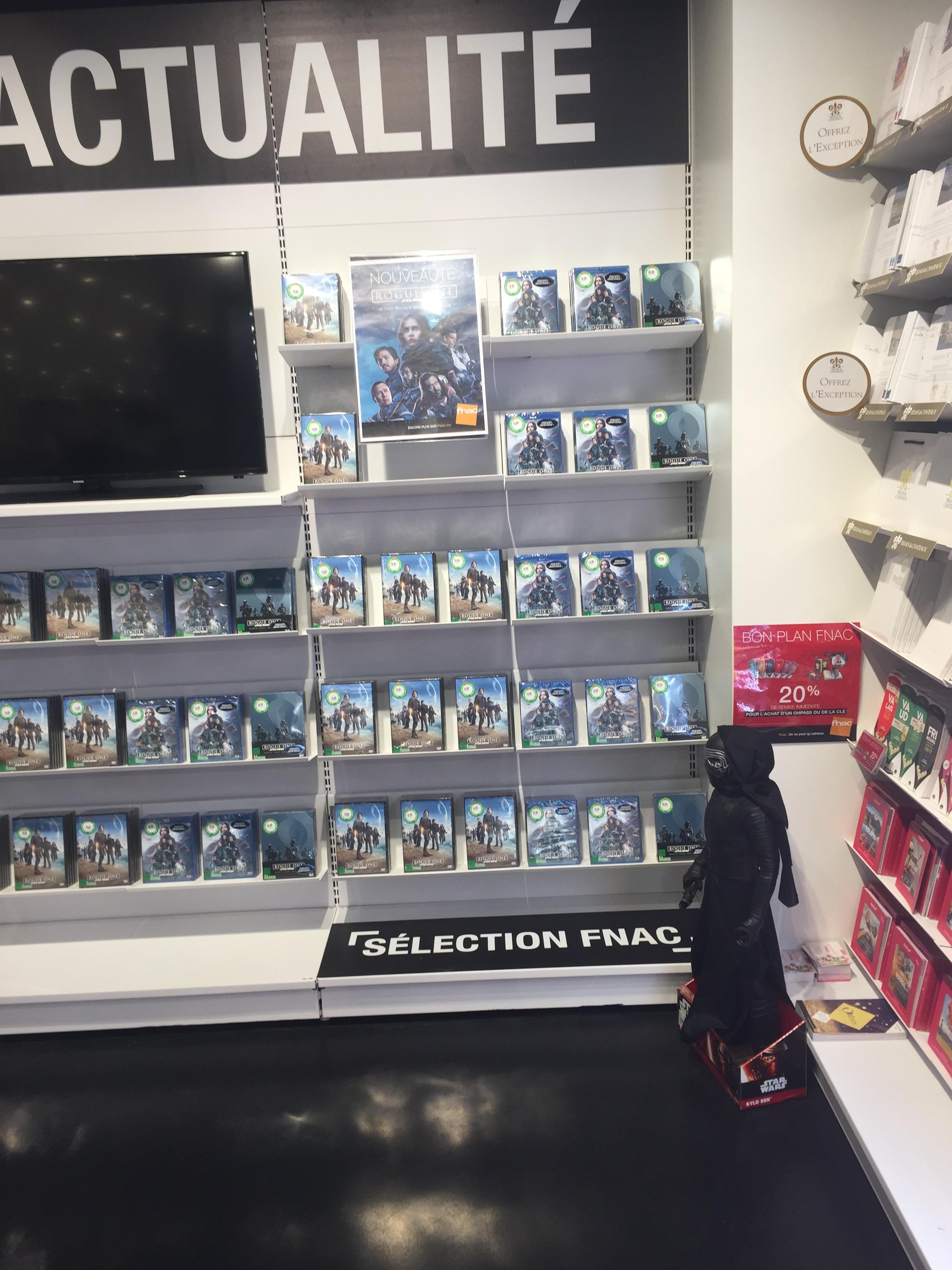 Les DVD et Blu Ray que vous venez d'acheter, que vous avez entre les mains - Page 3 JkeL1K
