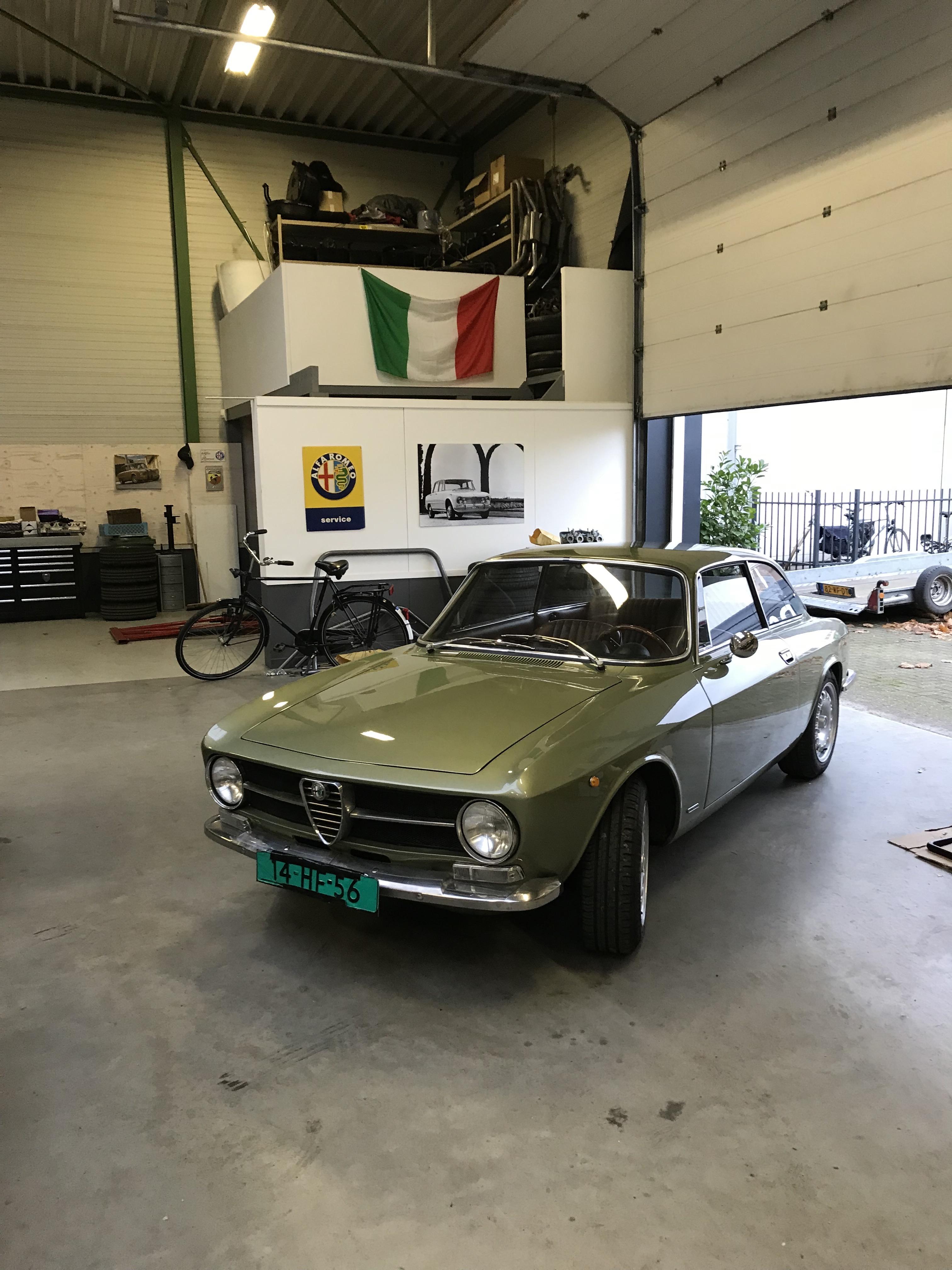 bertone GT 1300 Junior - 1973 - Vert Olive FHgWwX