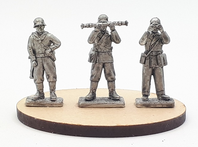 Under Fire Miniatures September 2018 20mm releases. HtbEgs