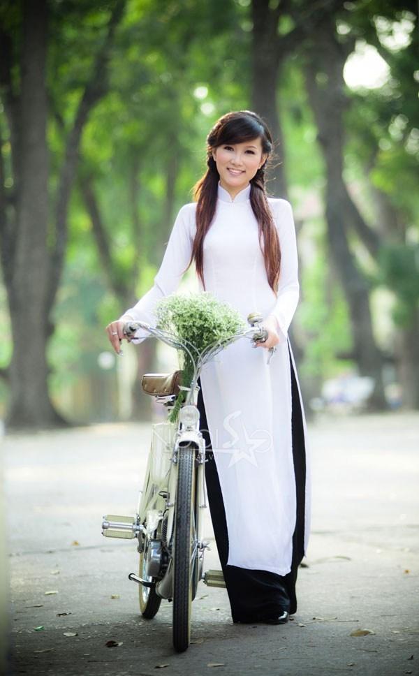 Thơ mùa xuân Thanh Trắc Nguyễn Văn WpZESK