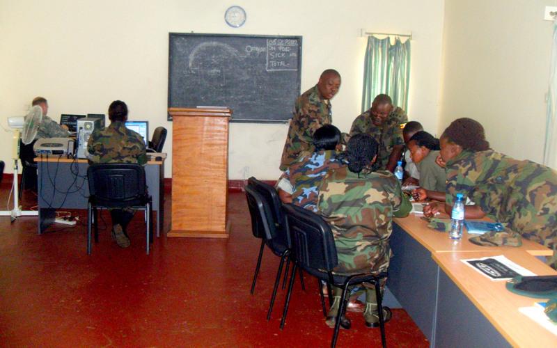Armée Ougandaise/Uganda Peoples Defence Force (UPDF) - Page 2 8046825535