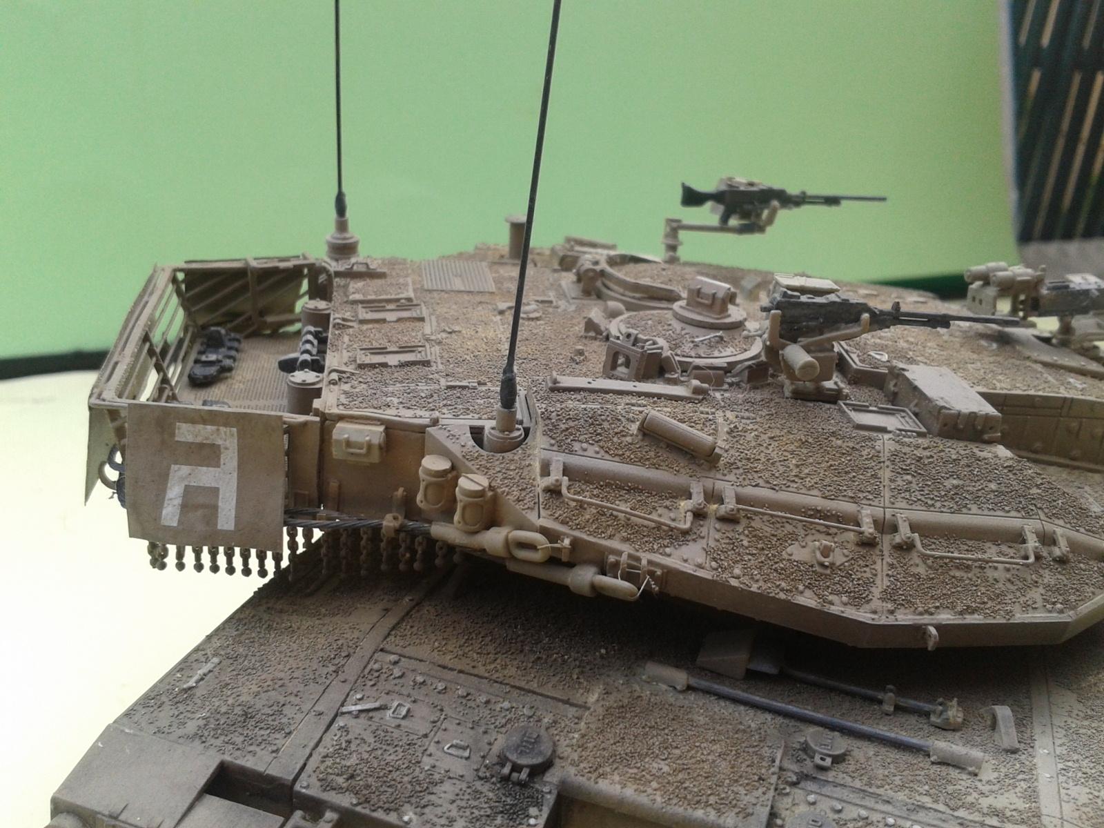 IDF MERKAVA MK.3D EARLY au 1/35 By Meng.....Terminer !!!! et sur son dio.... - Page 2 20130402175246
