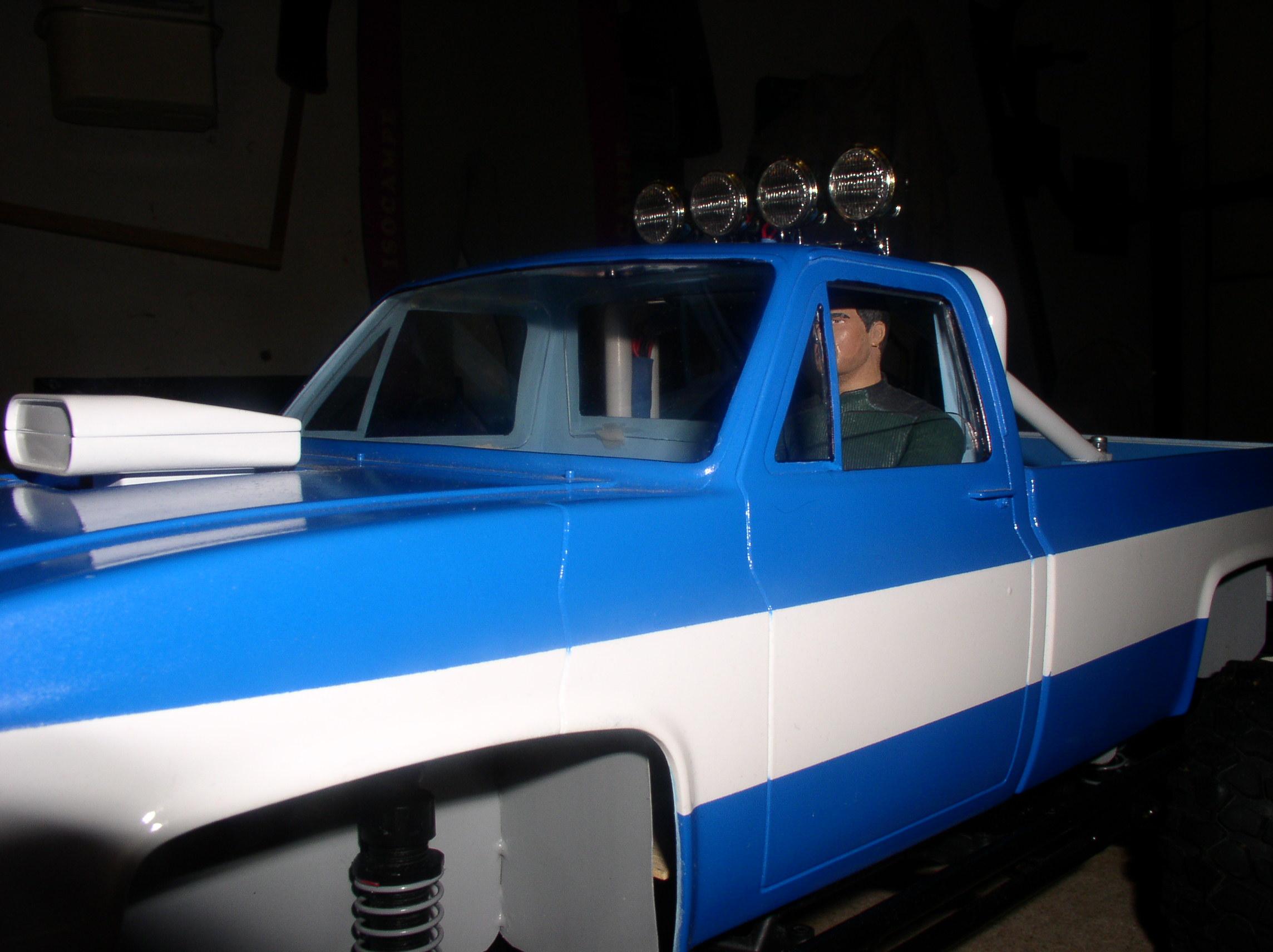 Mon Chevrolet K5, benne rallongée  (châssis SCX10)  Vitresparebrise5