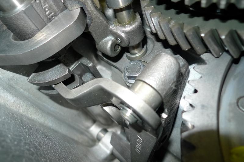 Reconversion de mon Escort MK3 Ghia en Escort RS 1600i - Page 5 P1040944b