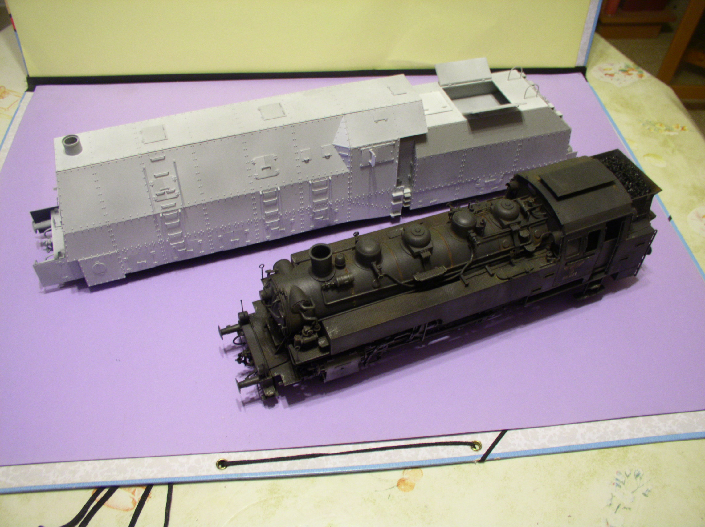 peinture - (Thunderbird) BR 57 Baureihe Panzerlok (Peinture en cours)  - Page 2 138kbc