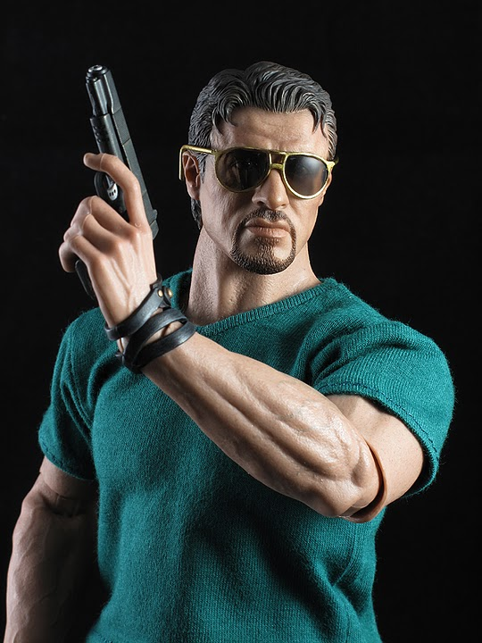 "HOTTOYS (figurine 12"" THE EXPENDABLES) - Page 5 Ross020"