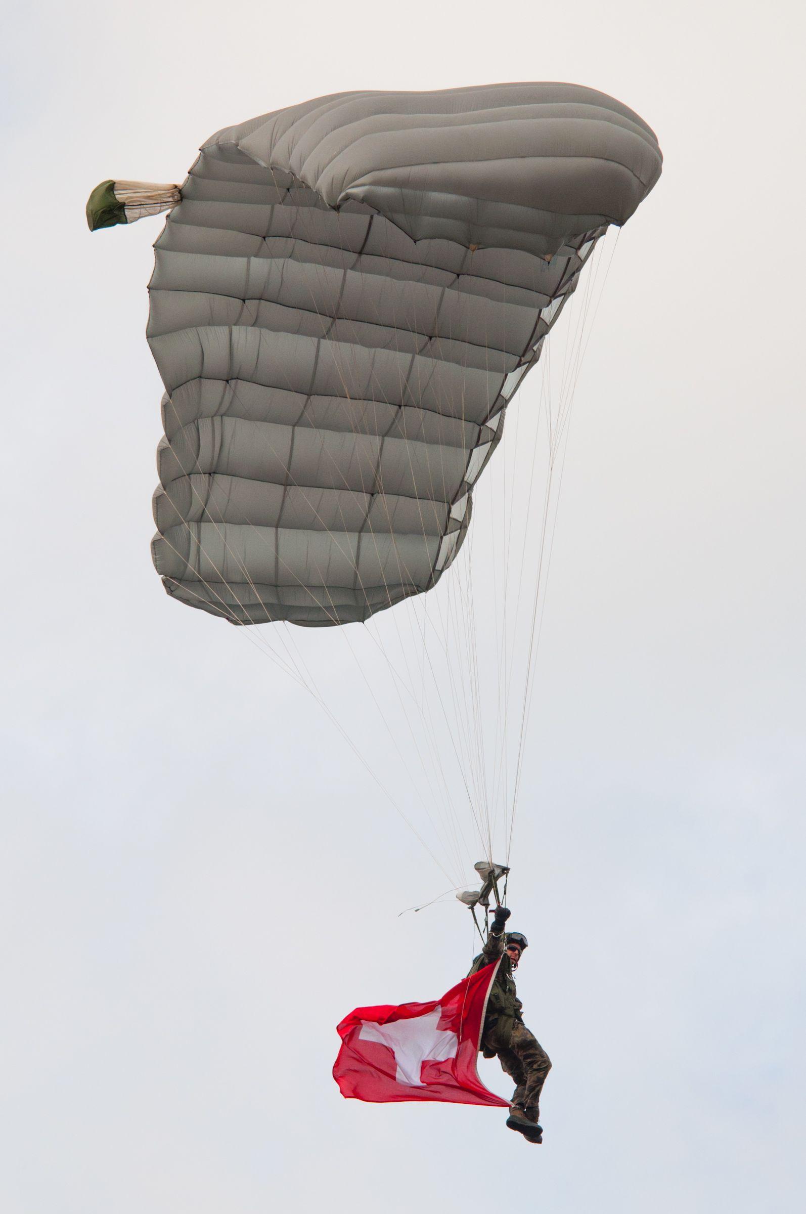 Air force live fire event Axalp 2012 - 10-11 Oct 2012 - Pagina 2 000194l