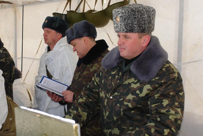 Ukrainian Armed Forces / Zbroyni Syly Ukrayiny - Page 3 2012uragans205404260