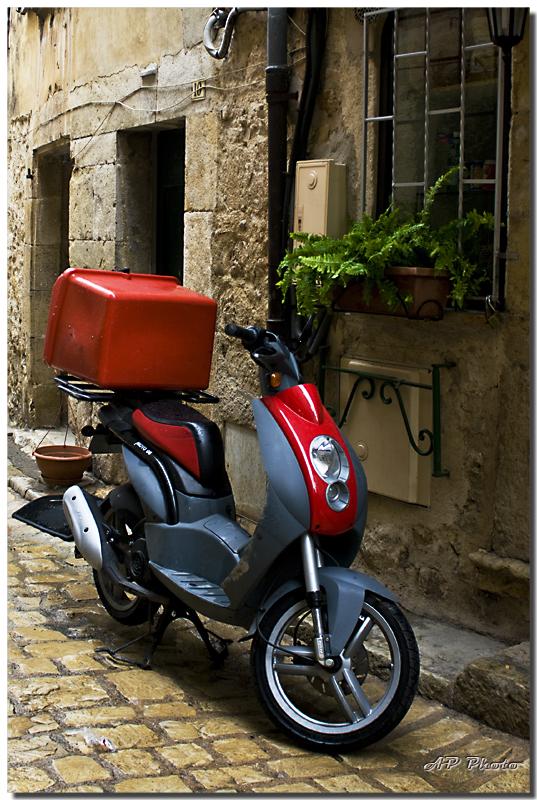 Photos sortie anniversaire sud est !!! (Nice Cannes Toulon Marseilles) - Page 6 N16scooteralp9576
