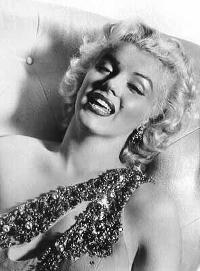 Marilyn Monroe Mmosenb398yv9.th