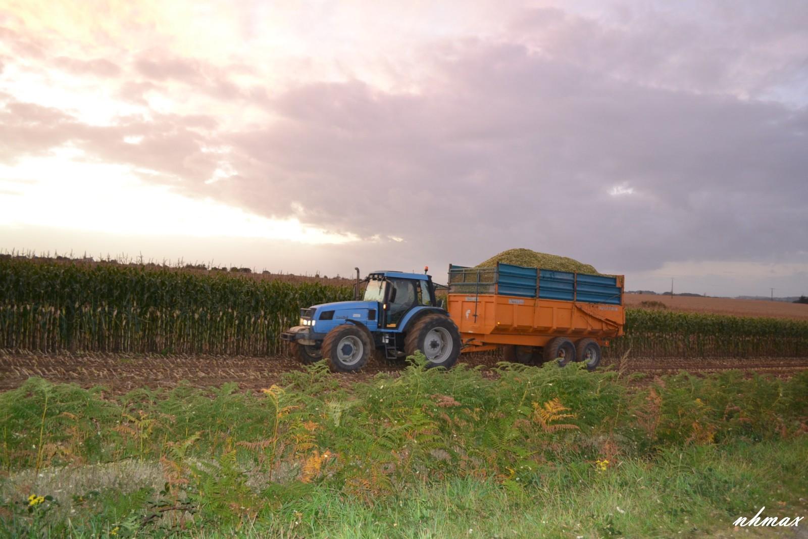Ensilage de maïs 2011 Dsc00861600x1200
