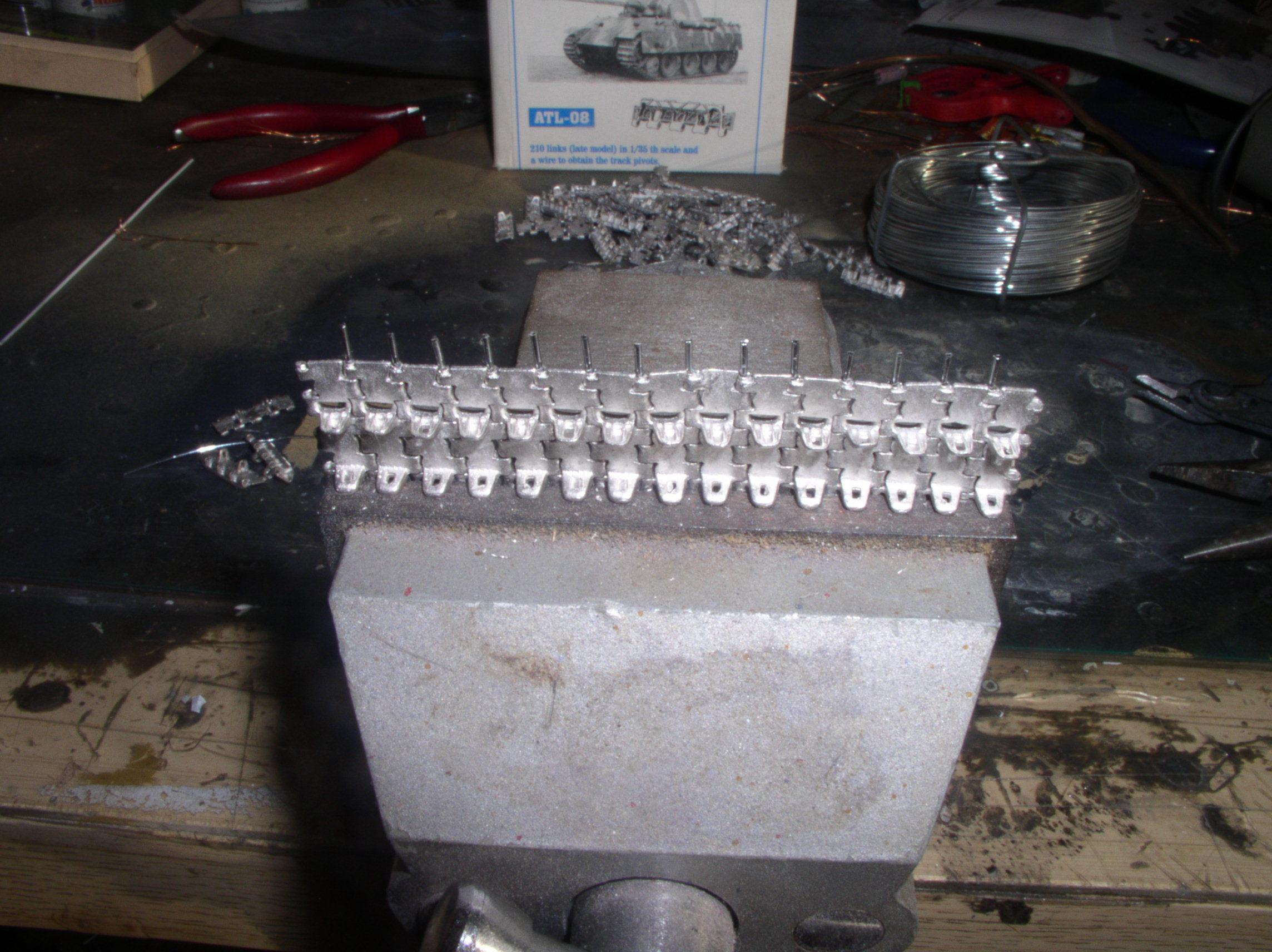 Assemblage des chenilles fruil sans prise de téte 62161295
