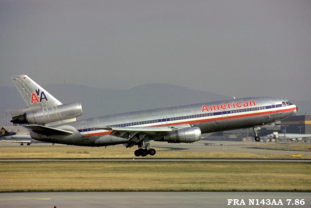 DC-10 in FRA Fran143aa