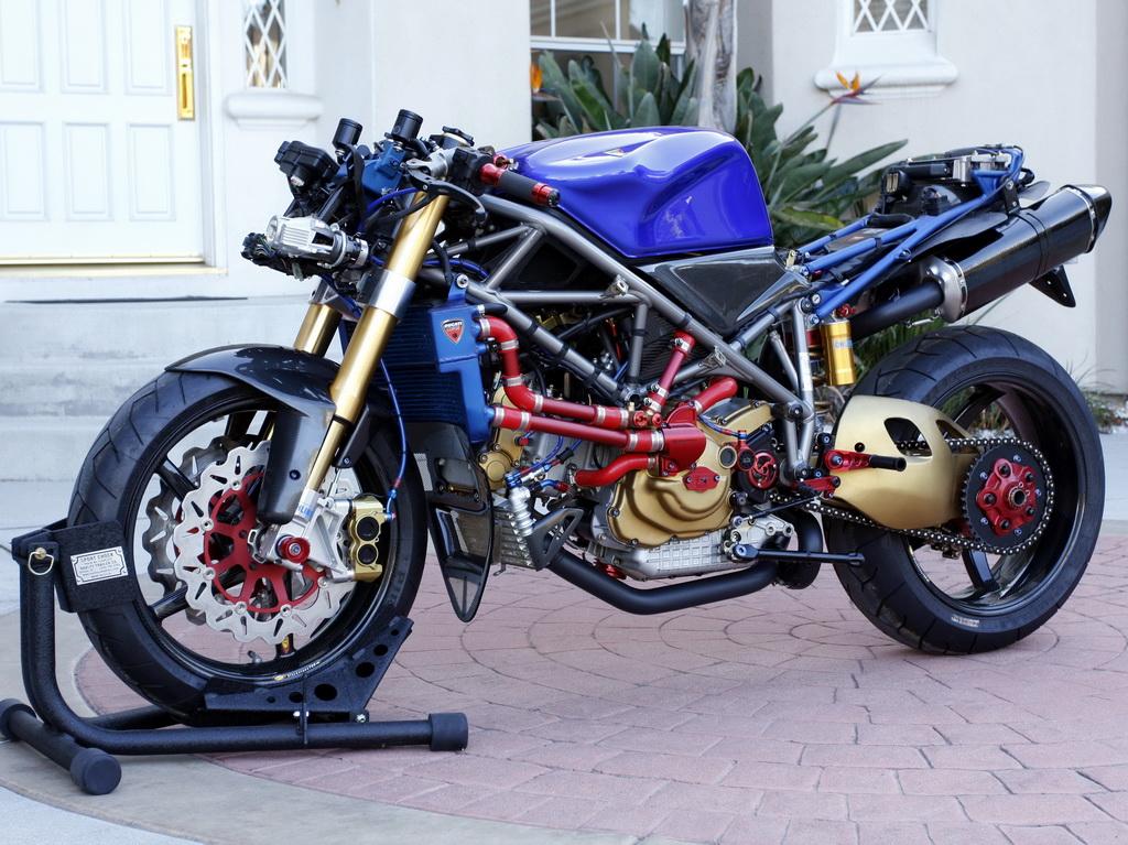 Superbike Ducati 916, 996, 998 et 748 - Page 2 70771556