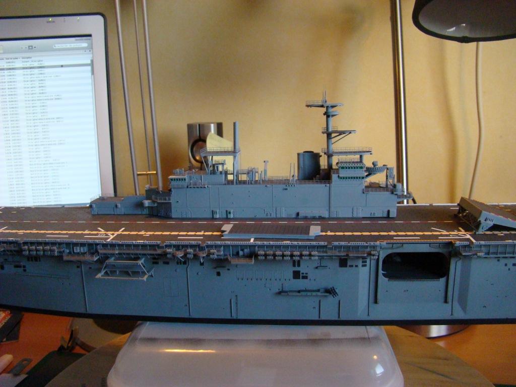 USS WASP LHD-1 au 1/350ème par nova73 - Page 7 Dsc09057h