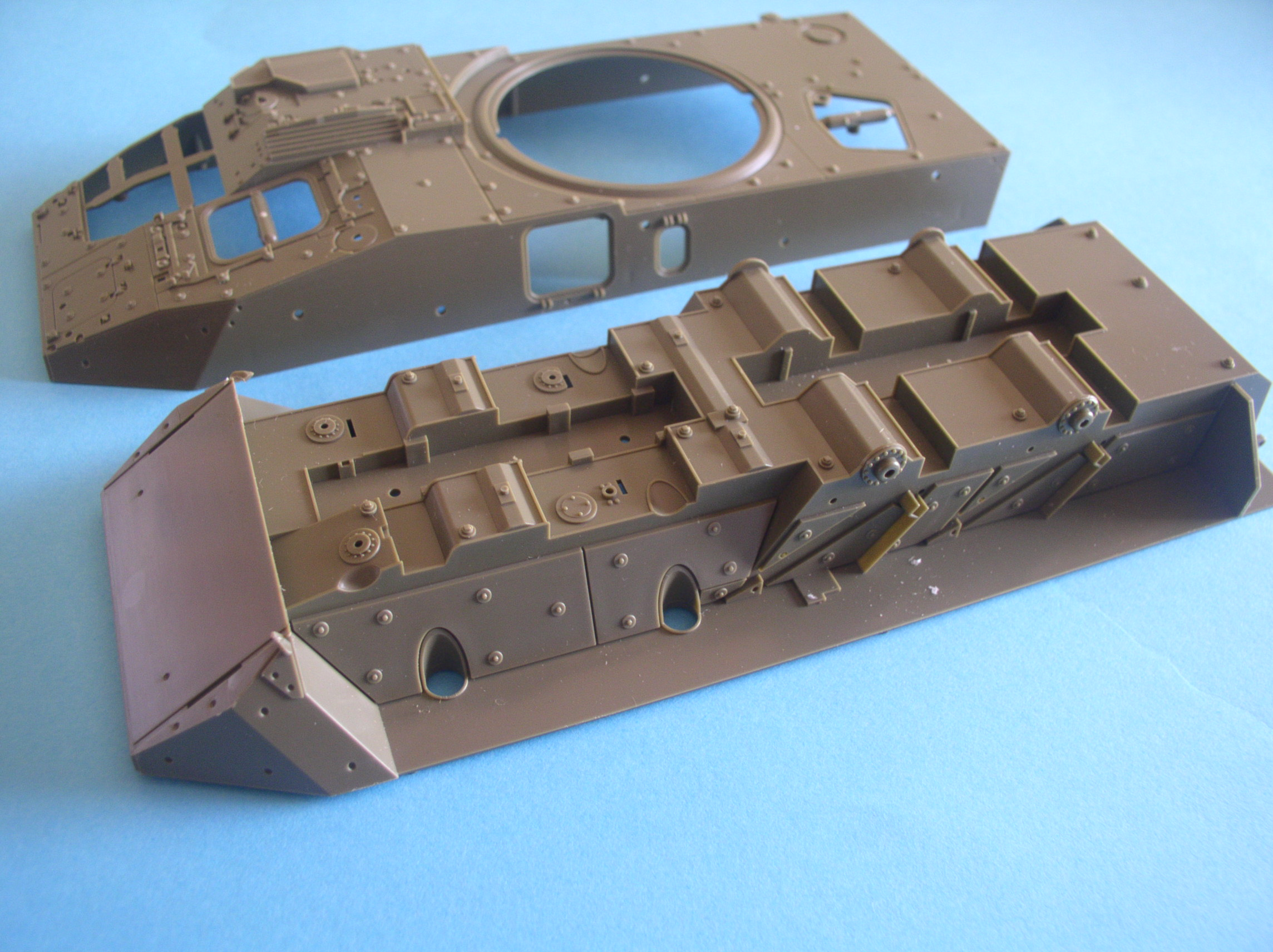 Review Kit Stryker M1128 MGS 1/35 AFV CLUB... P3110001