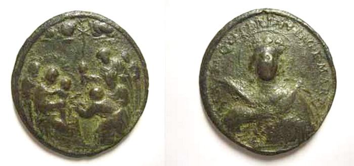 ICONOGRAFIA de la NATIVIDAD en las medallas devocionales Med17julius
