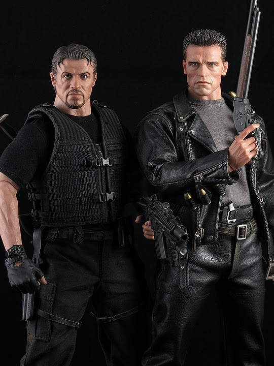 "HOTTOYS (figurine 12"" THE EXPENDABLES) - Page 5 Ross035"