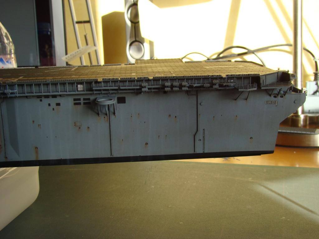 USS WASP LHD-1 au 1/350ème - Page 3 Dsc09093g
