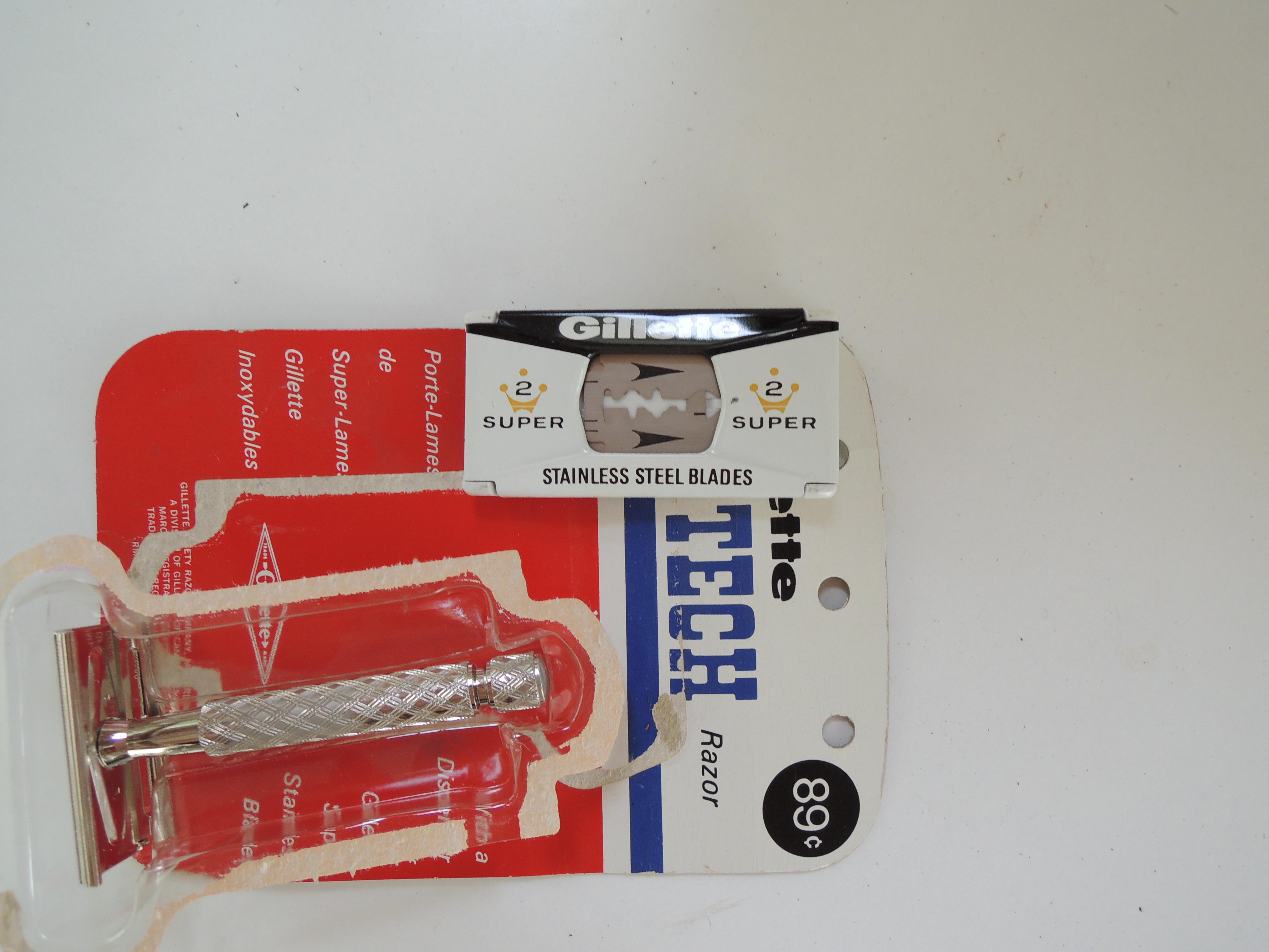 Gillette Tech (1966) - peigne fermé 3 pièces Xi53