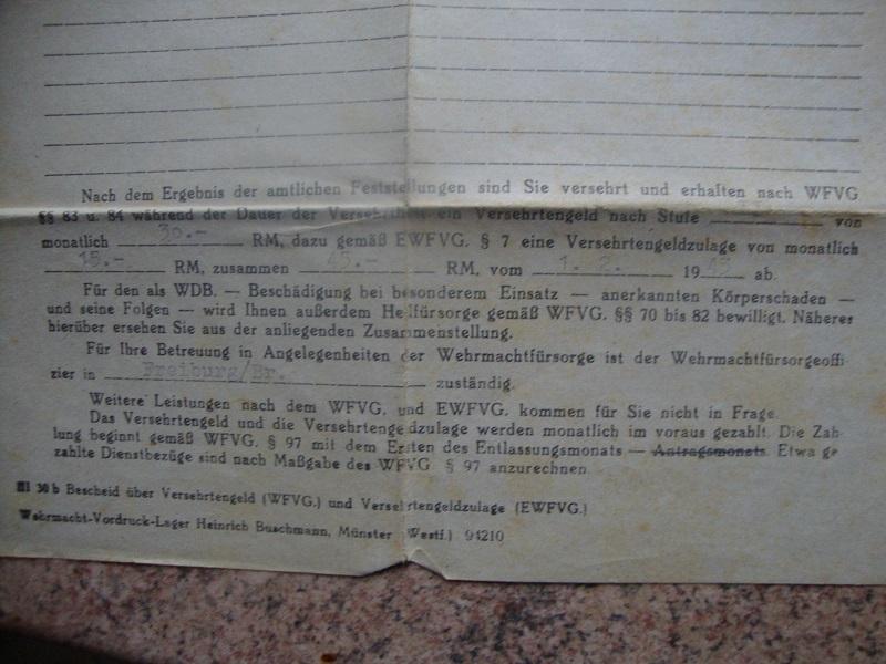 Traduction et identification d 'un Wehrpass et ses papiers T06k