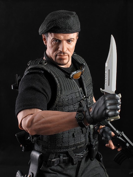 "HOTTOYS (figurine 12"" THE EXPENDABLES) - Page 5 Ross030"