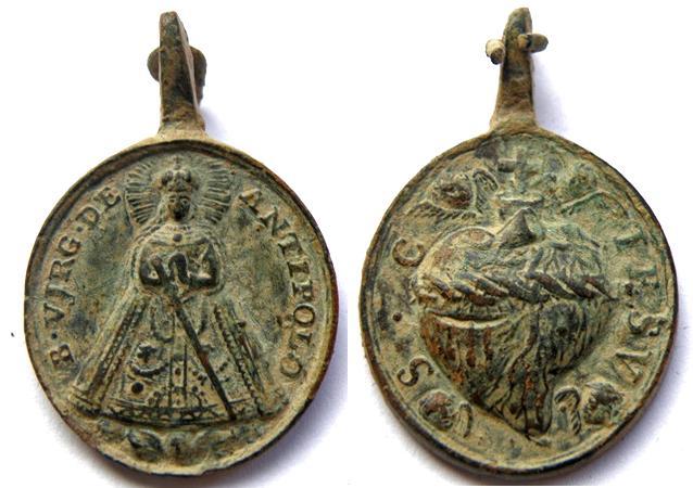 Medalla Virgen de Antipolo / Corazon de Jesus  S. XVIII (R.M. SXVIII-O227) Antipolocorazondejesusc
