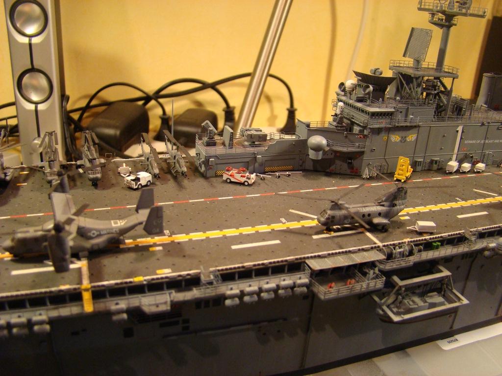 USS WASP LHD-1 au 1/350ème par nova73 - Page 8 Dsc09118i