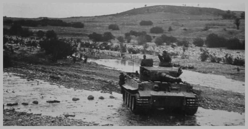 Tiger I du sPzAbt. 501 en Tunisie 1943 Unoued