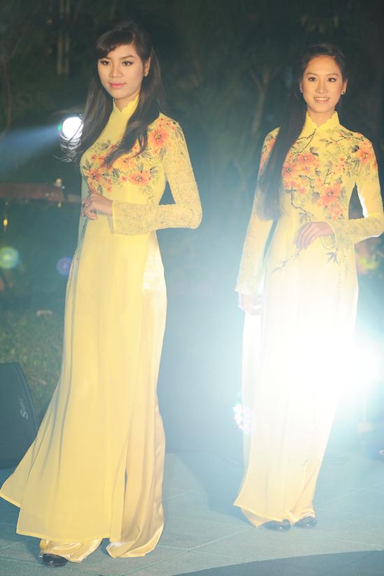 2 bộ sưu tập áo dài Aodai7