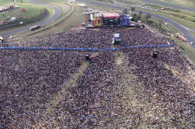"""[Articulos] Los """"Use Your Illusion"""" de Guns N' Roses cumplen 20 años 09020601lrgc8"""