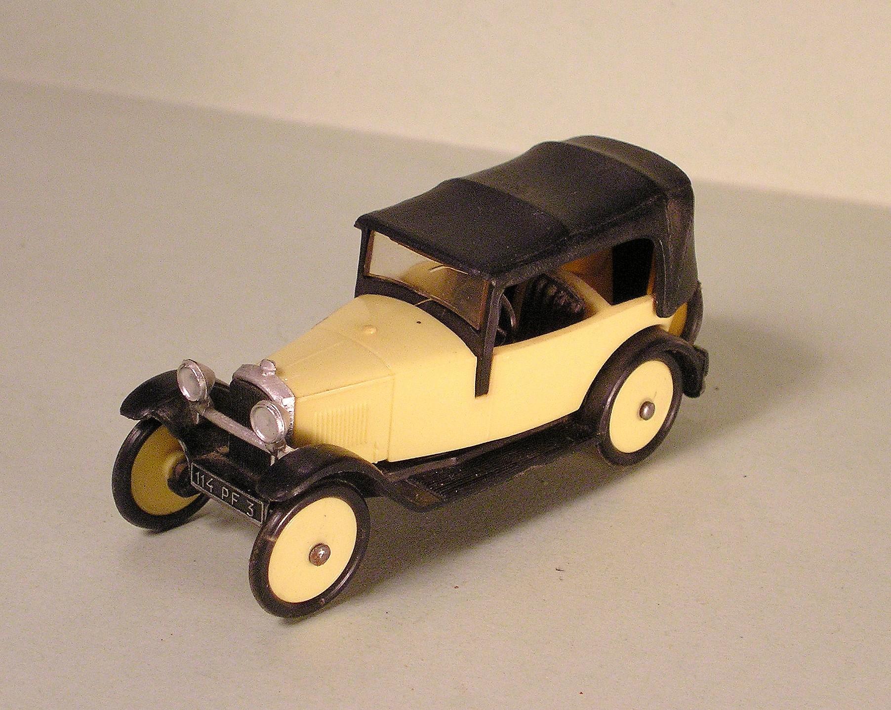 Moyen Age N° 008 - Peugeot Torpédo 172R Norevpeugeot172r1926rf8