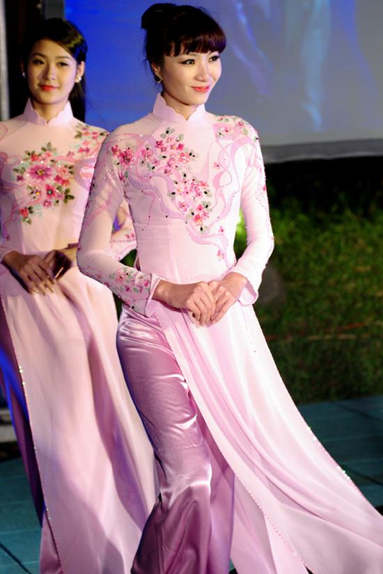 2 bộ sưu tập áo dài Aodai2n