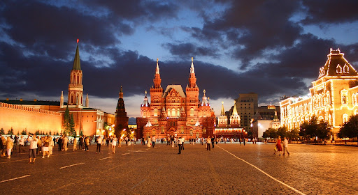PLAZAS DEL MUNDO - Página 2 Moscow2020red20square