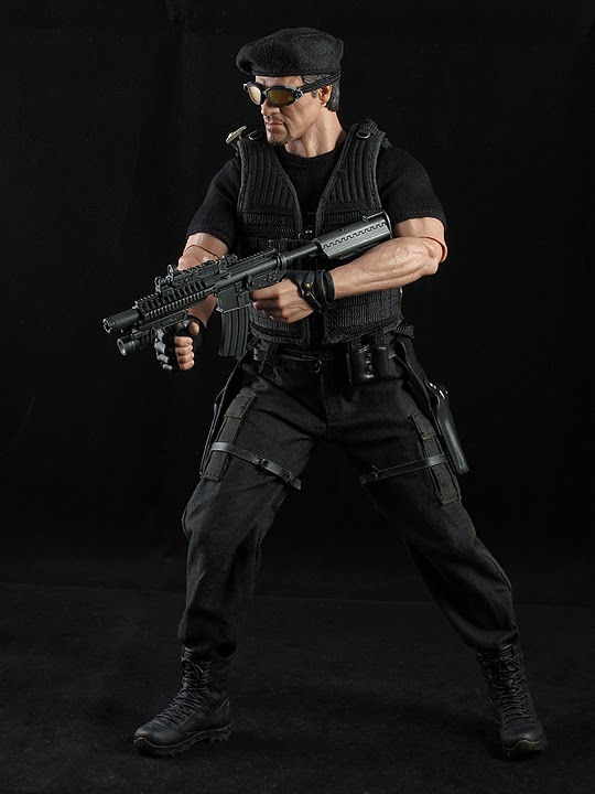 "HOTTOYS (figurine 12"" THE EXPENDABLES) - Page 5 Ross025"