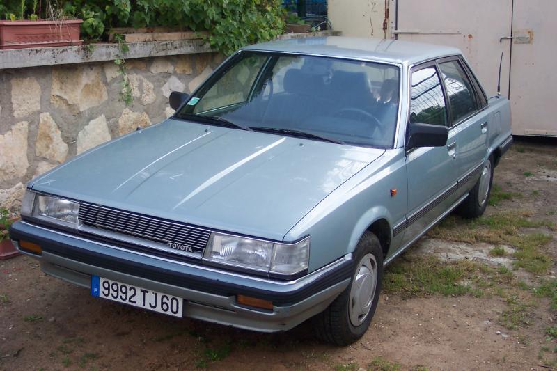 La camry 1 modele V10 (1982-1986 1202pd
