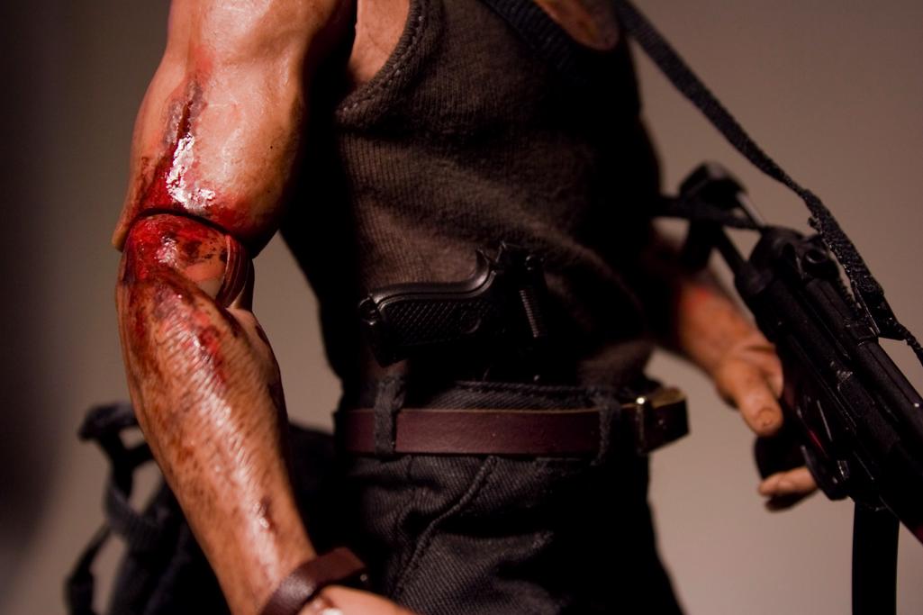 [Custom da Semana] DIE HARD: John Mcclane 1/6 scale by Raymond Ferraro Picture22fe