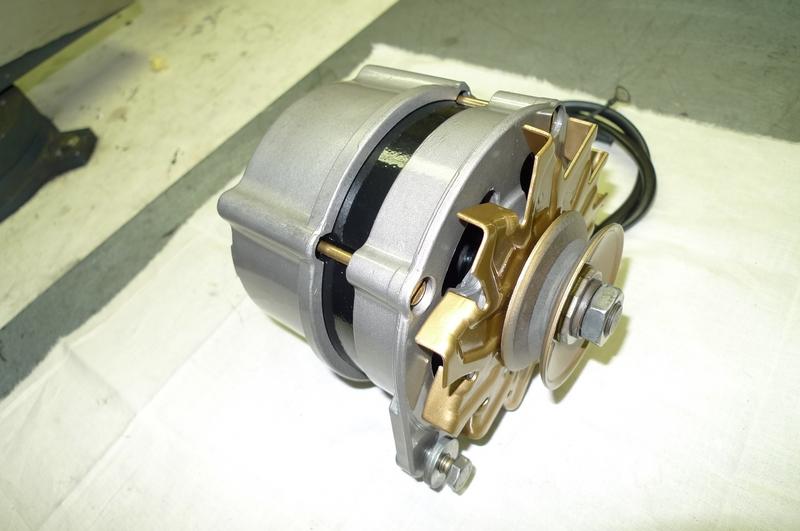 Reconversion de mon Escort MK3 Ghia en Escort RS 1600i - Page 5 P1050003r