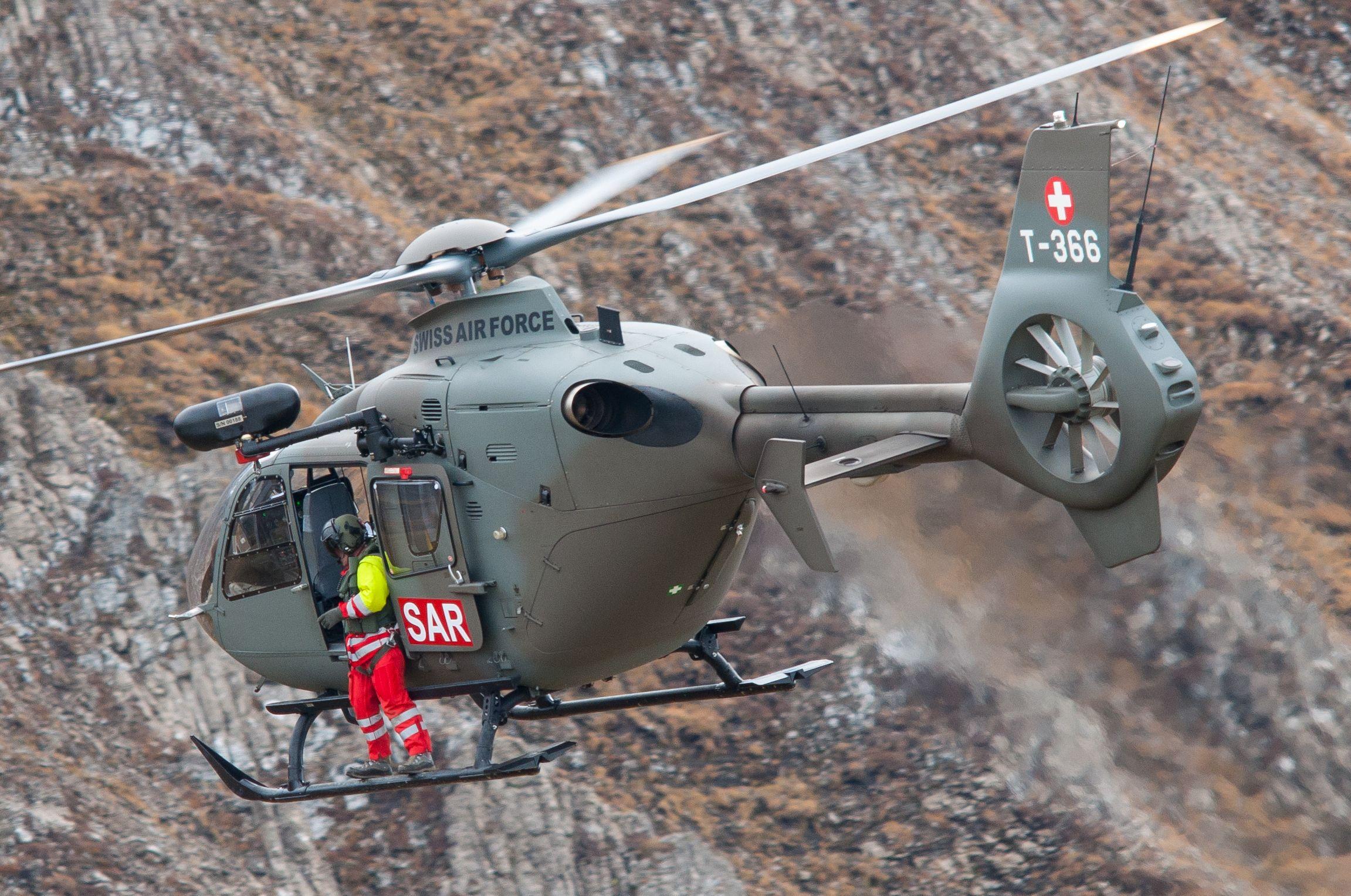 Air force live fire event Axalp 2012 - 10-11 Oct 2012 - Pagina 2 000197