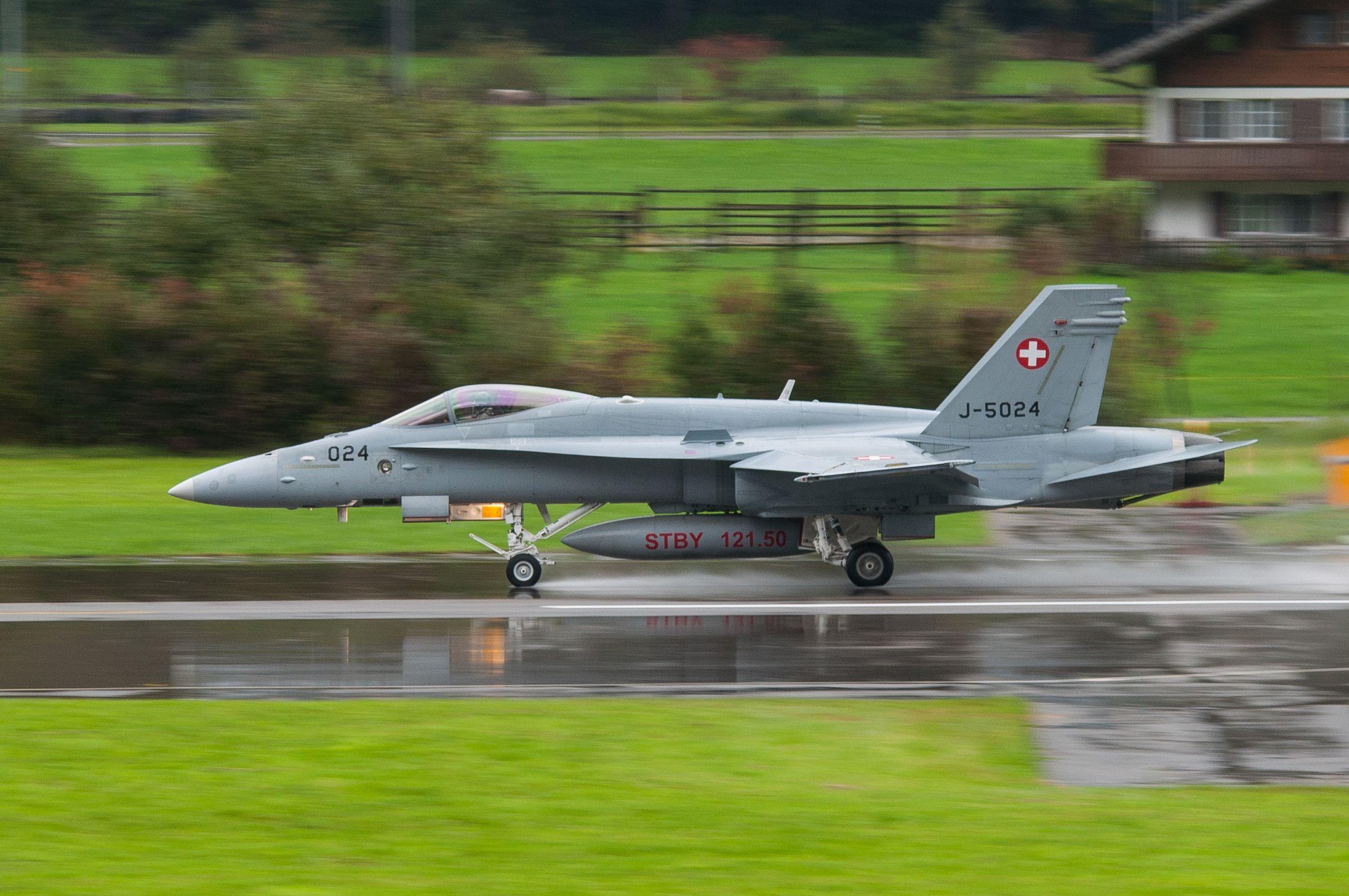 Air force live fire event Axalp 2012 - 10-11 Oct 2012 - Pagina 2 000138d