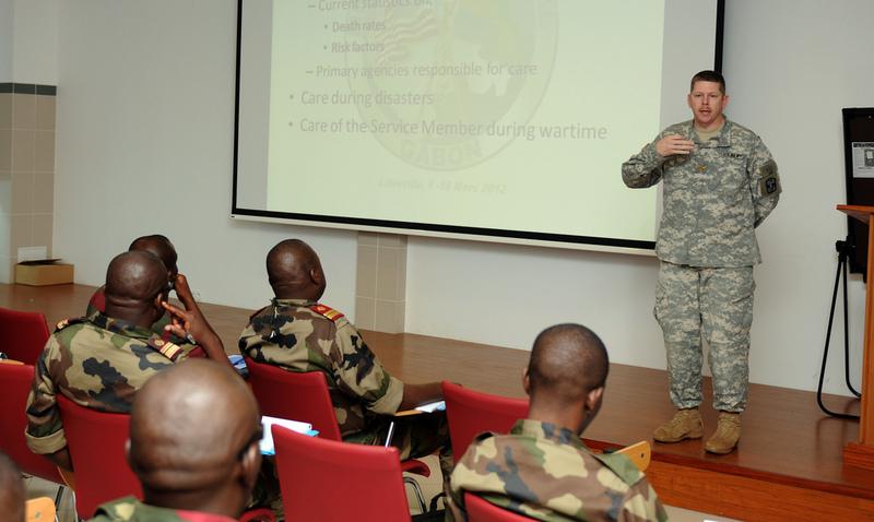 Armée du Gabon - Page 2 6961560415d111004628b