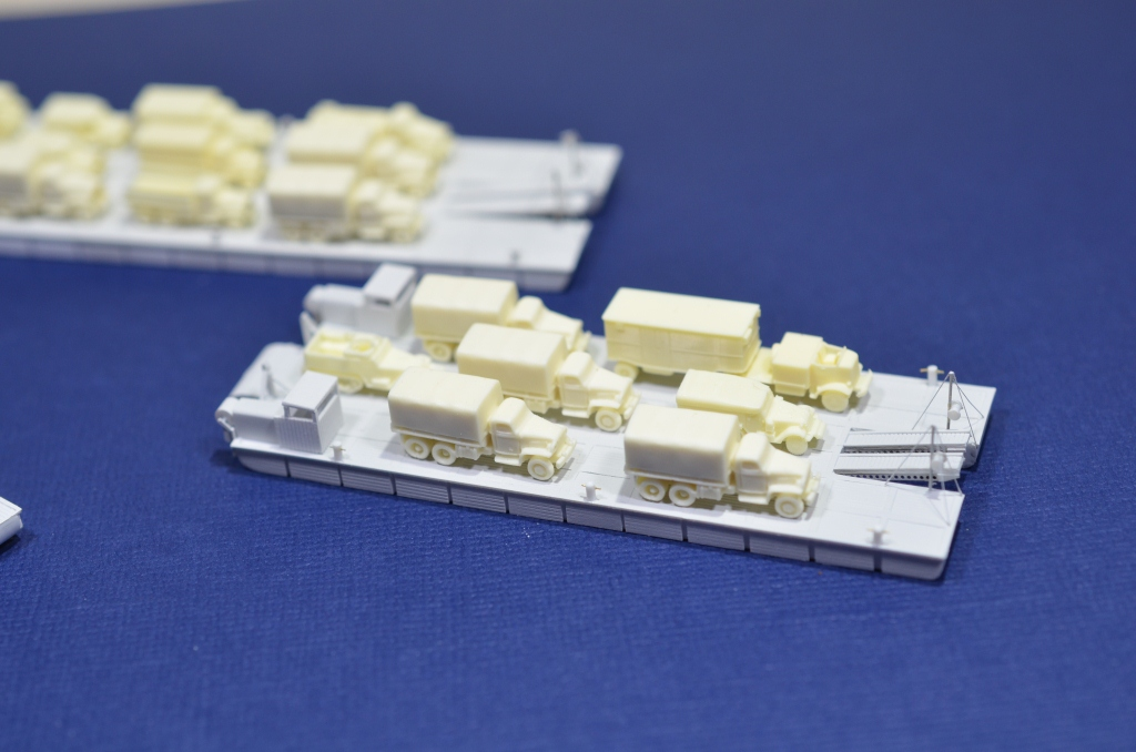 Port Artificiel MULBERRY au 1/350 - Page 3 Kx3p