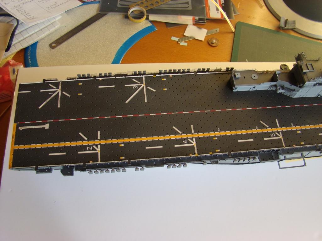 USS WASP LHD-1 au 1/350ème - Page 3 Dsc09098k