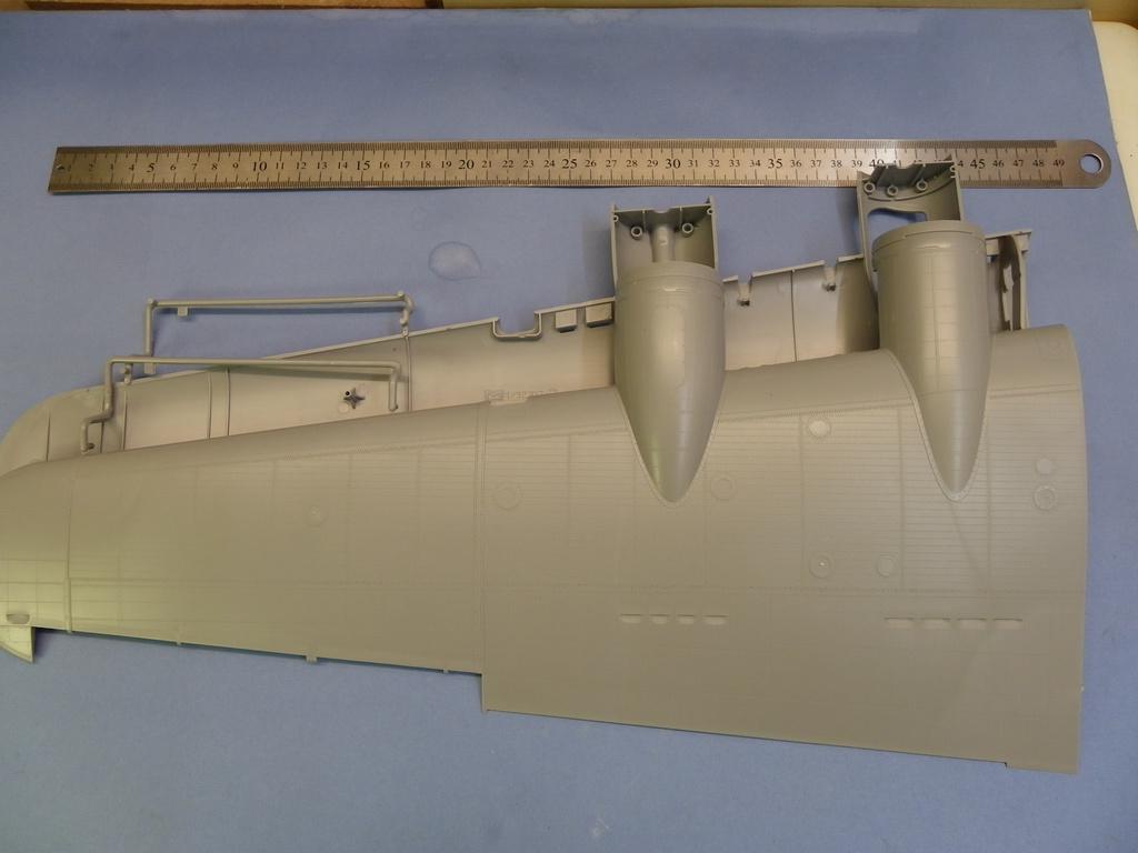 [Revue de Kit] BOEING B-17G - Hong Kong Models - 1/32 Wa2d