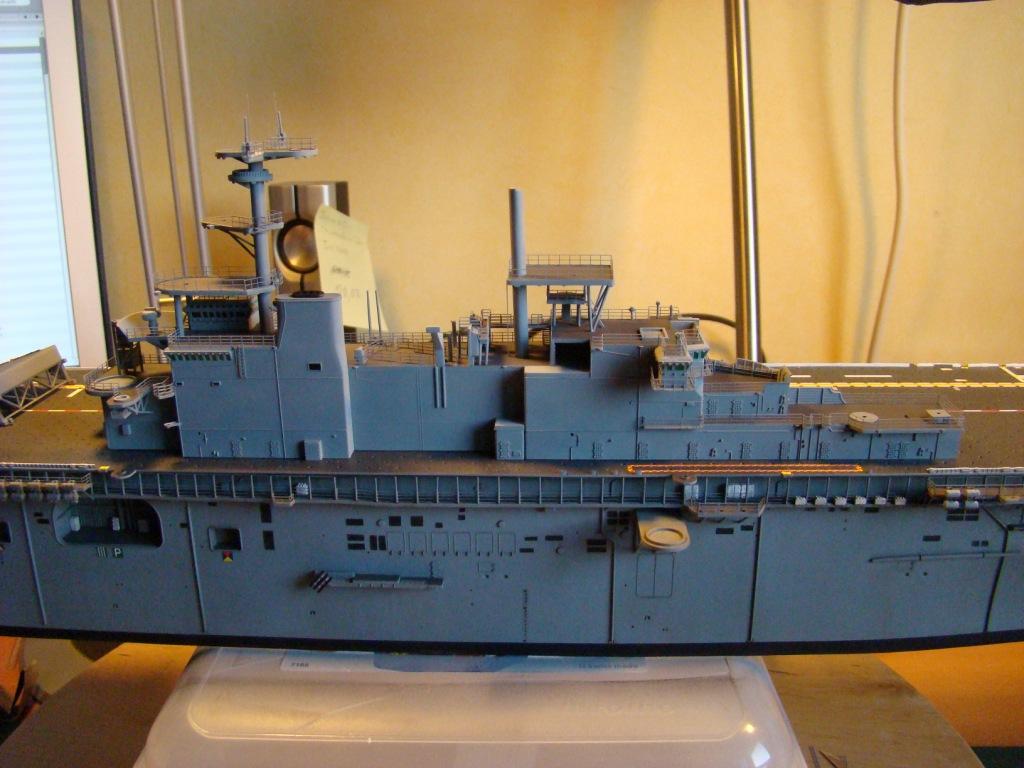 USS WASP LHD-1 au 1/350ème - Page 3 Dsc09060ur