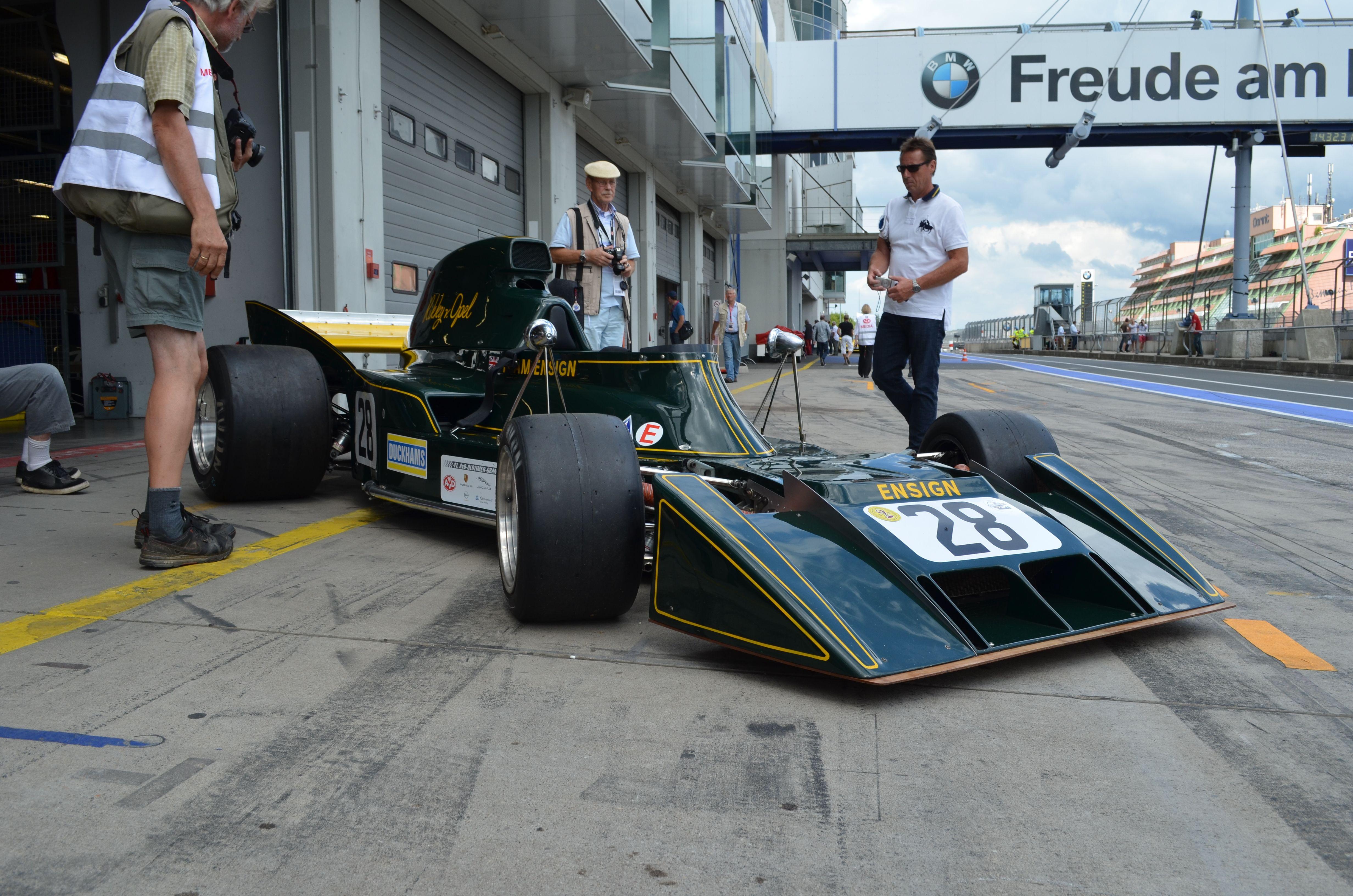 Photos Oldtimer Grand Prix 2013 ( 2ème série de photos ) Wnll