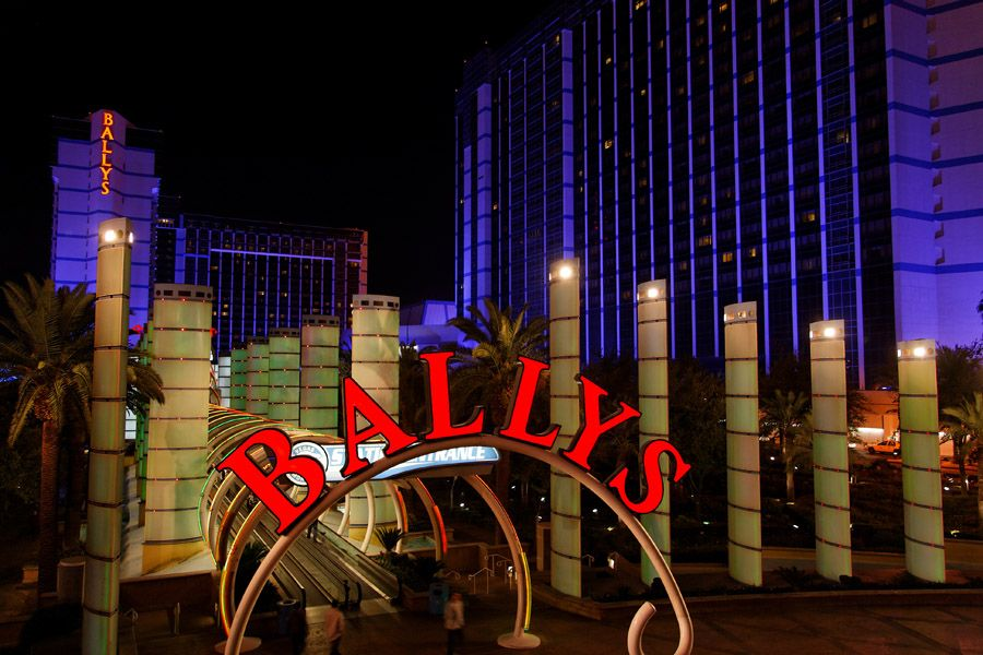 Las Vegas by night 20081113055158400dimg64dw6